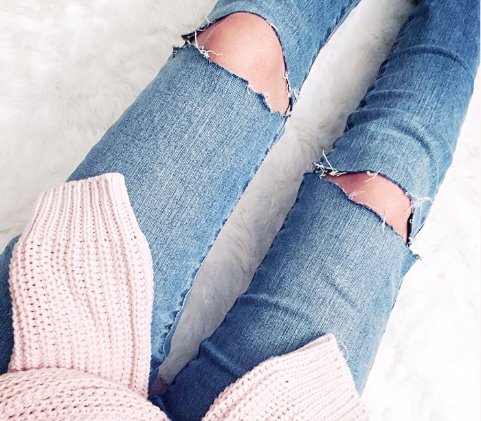 DIY The Perfect Ripped Knee Jeans