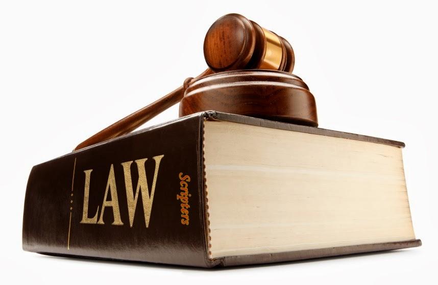 Pelajar Undang-Undang Pelajar Paling Pandai Di University!