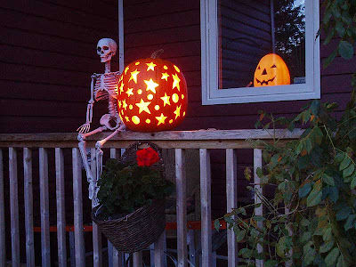 """Stars and Moons"" got a skeleton guardian this year."