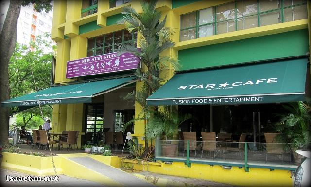 Star Cafe Taman Desa