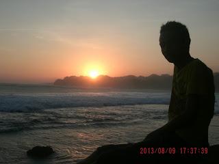 Sunset Di pantai Buyutan