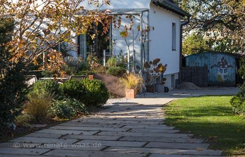 Die neue Zufahrt bei uns zu Hause mit Granit und Schotterrasen - eine super Lösung