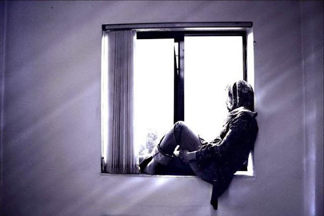 ảnh tình yêu cô đơn nhất