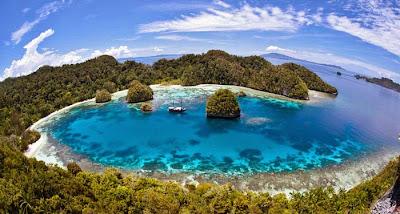 keindahan alam indonesia raja ampat
