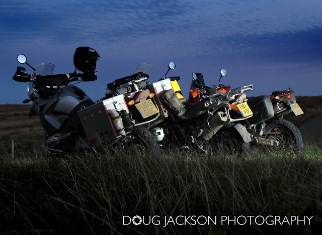 R1200GS - KTM950 AND R1200GS ADVENTURE