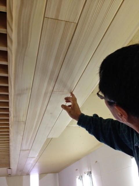 天井部の羽目板工事