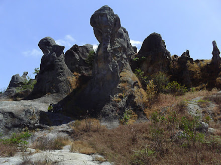 Castelo de Pedras (Larjes)