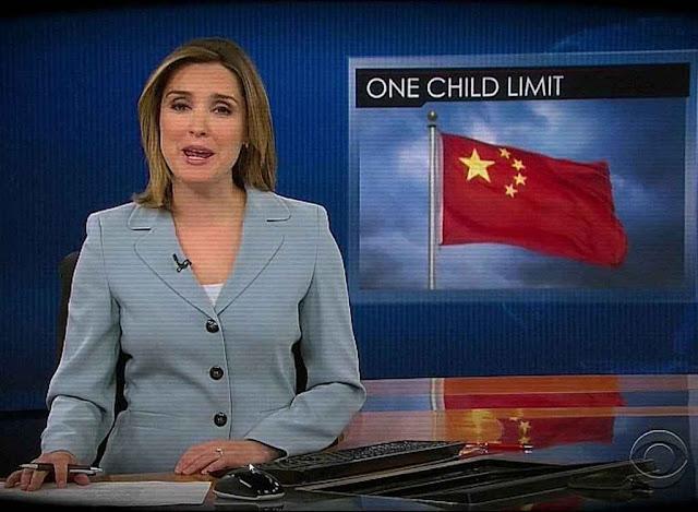"""A China implantou o regime forçado do """"filho único"""" para conter a população. Hoje está ameaçada por falta de mão de obra que sustente o país."""