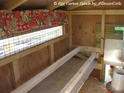 Chicken coop droppings board made of inexpensive linoleum.