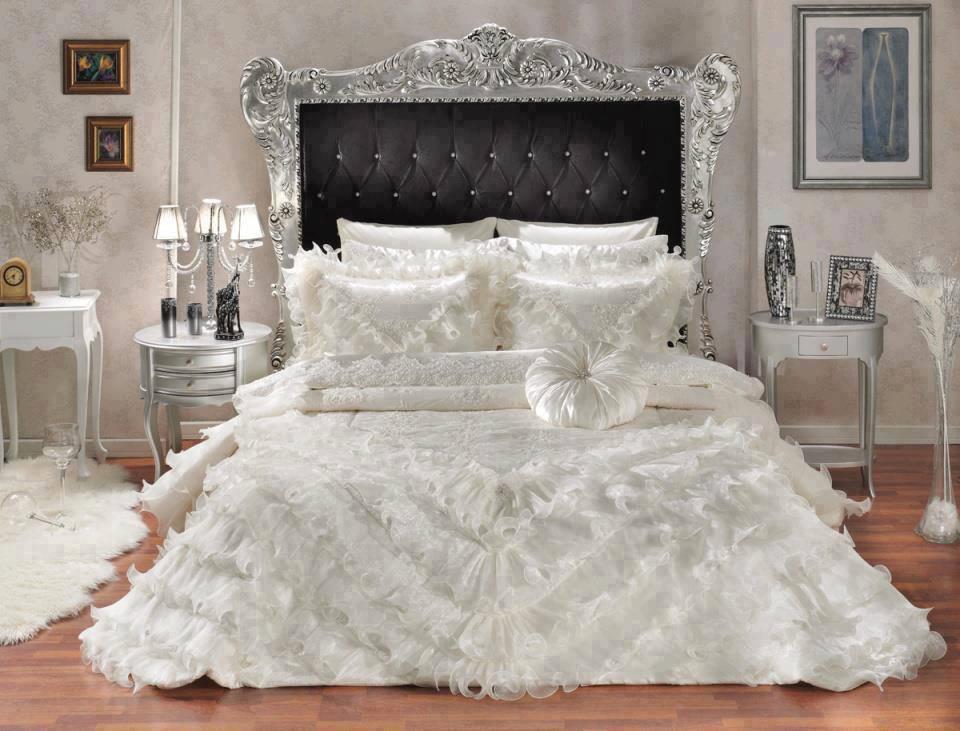 Le Castel de Caroline: Jolie chambre toute blanche !