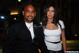 vinod+kambli+with+his+wife Photos of Cricketers Wifes : Cricketers Wives and Girl Friend Pics,Images