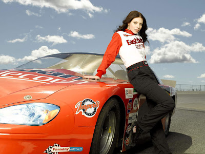 Nascar_car_and_sexy_female_models