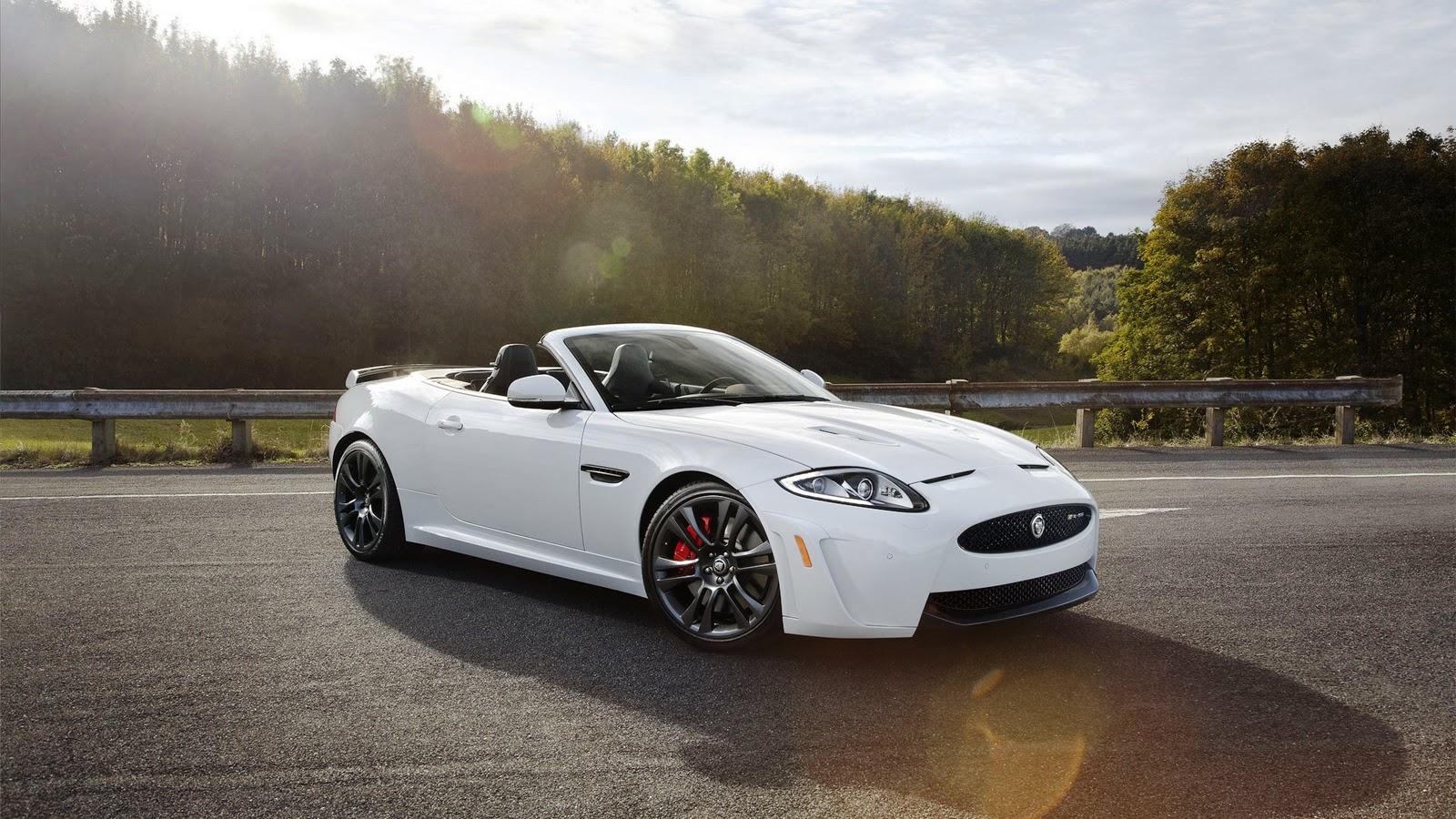http://1.bp.blogspot.com/-wcnzXV_iOaM/TsjYJGX_RgI/AAAAAAAAAe8/owf4kMQhzHY/s1600/2013+Jaguar+C-X16+19.jpg