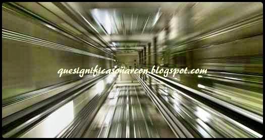 cual es el significado del caer de un ascensor