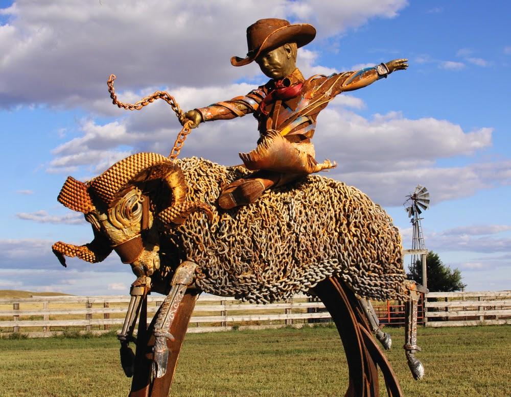 11-John-Lopez-Scrap-Iron-Animal-Sculptures-www-designstack-co