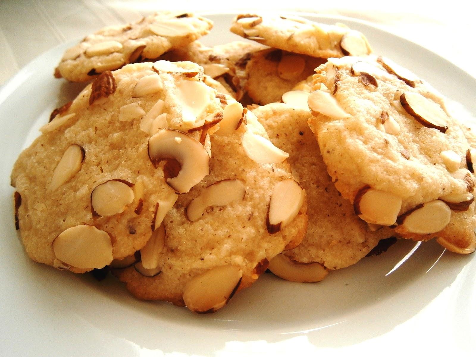 SucreSuKo: Almond Crunch Cookies
