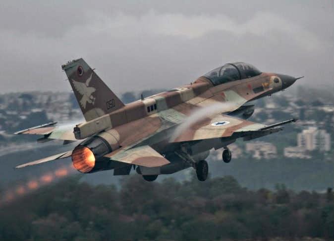 الجيش الإسرائيلي يقصف موقعا عسكريا تابعا للنظام السوري بثلاثة صواريخ