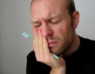 cara-mengobati-sakit-gigi-karena-berlubang