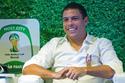 Ronaldo Sigue Recibiendo Premios Luego De Su Retiro