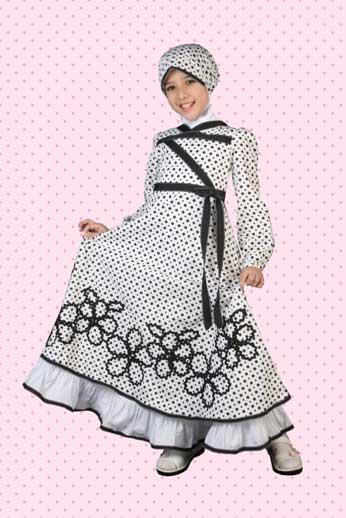 Model Baju Fashion Show Muslim Anak