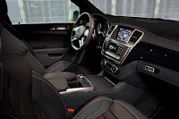 2011 Mercedes M-class ML63 AMG Official Press Image Photo Picture unveiled not mule interior cockpit