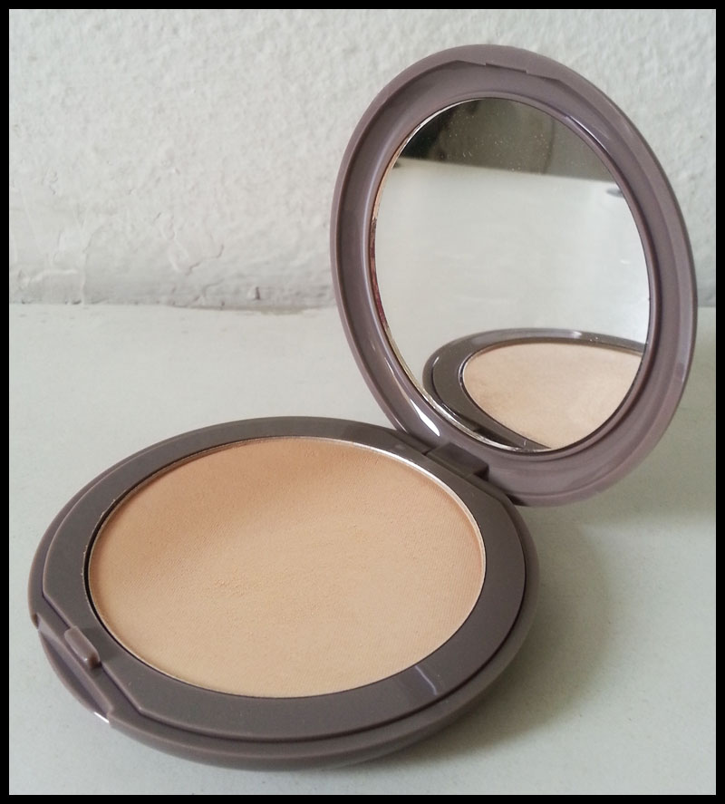 Neve Cosmetics - Flat Perfection, Light Neutral