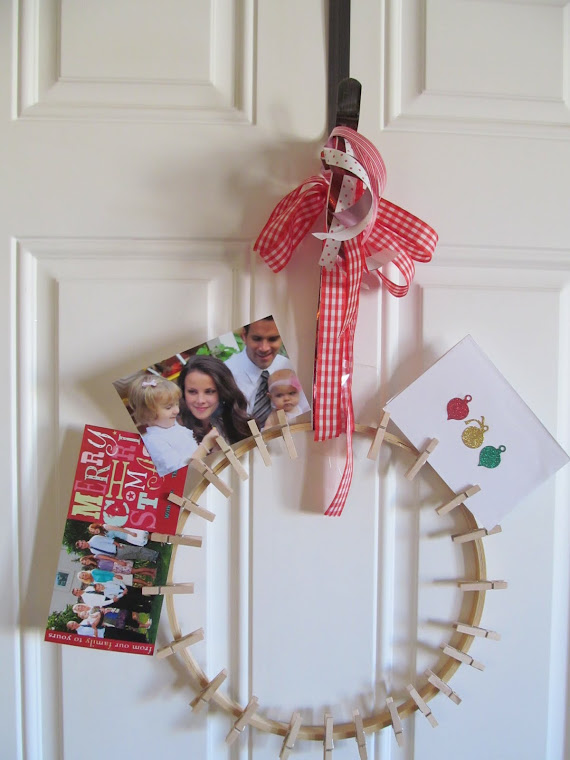 Clothes Pin Christmas Card Wreath