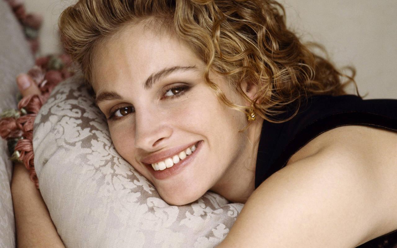 http://1.bp.blogspot.com/-wePpft9_U9w/T2tWFrwDXmI/AAAAAAAAANg/3uMbE-8nSwE/s1600/Julia-Roberts-julia-roberts-742867_1280_800.jpg