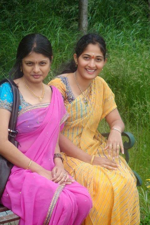 Beauty Tamil Nadu Aunties, Girls: Homely Face Aunties