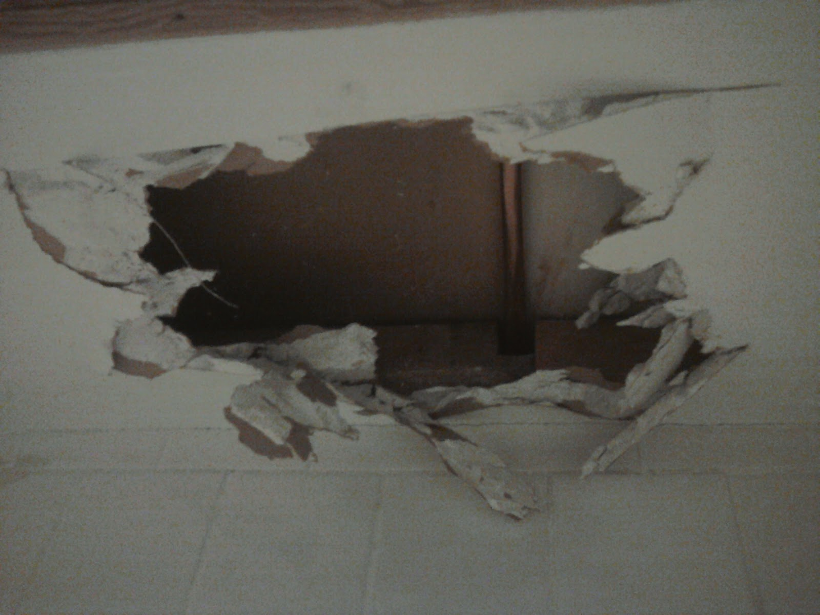 High Quality Com: Hey I Repaired A Hole In The Ceiling!