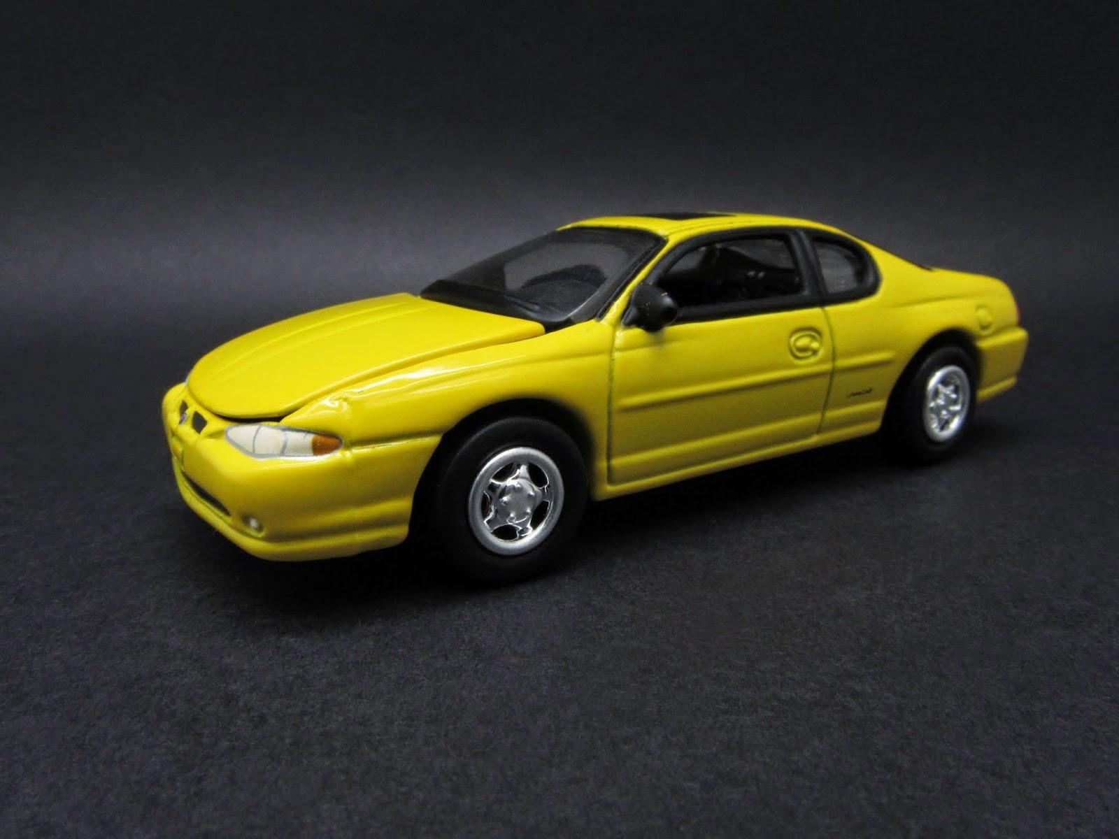 Diecast Hobbist 2002 Chevrolet Monte Carlo