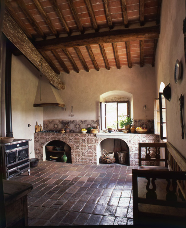 INTERIORS INTERIORS INSPIRATION OLD FARMHOUSE IN TUSCANY ITALY