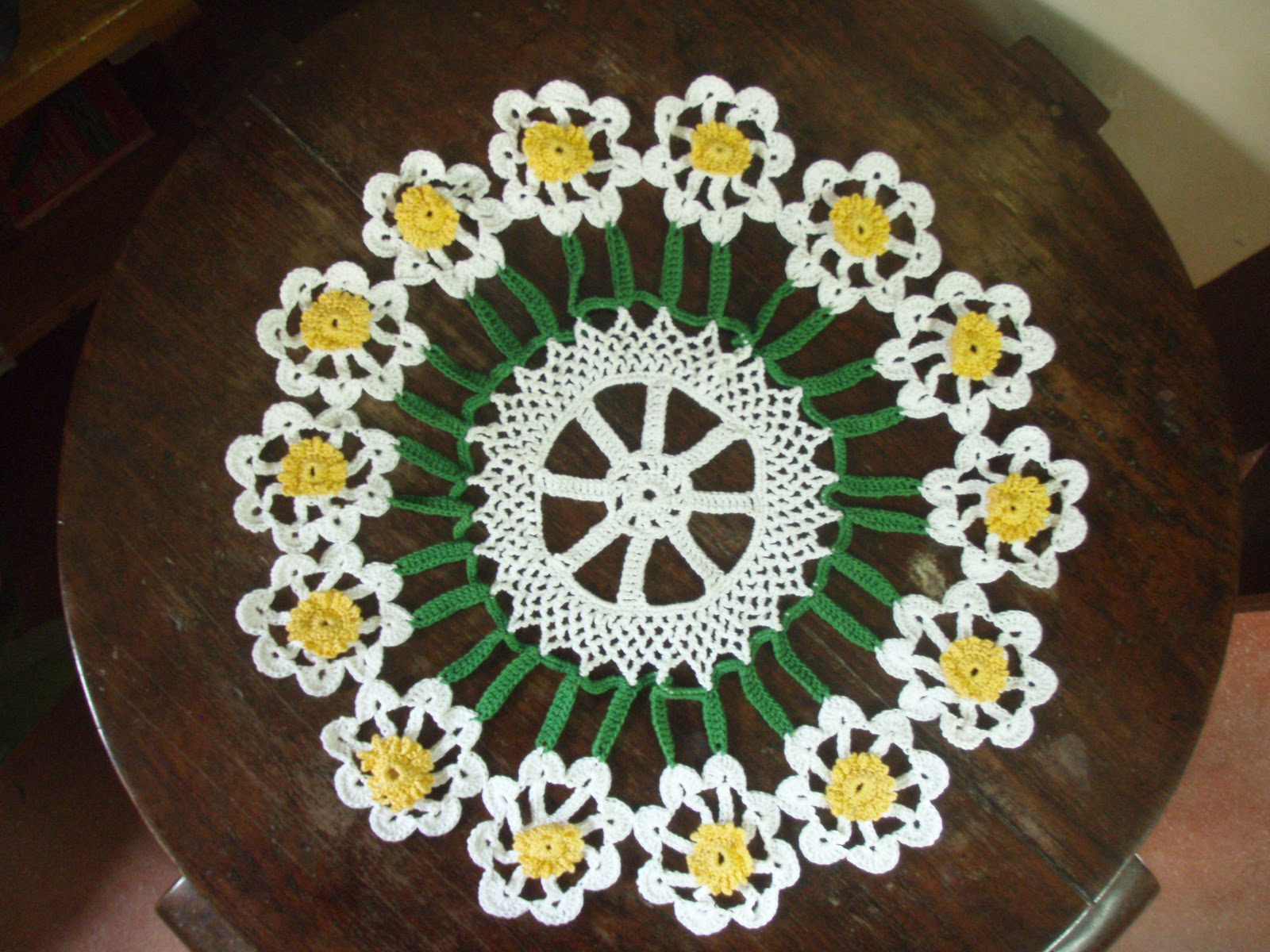 Free doily pattern - Learn how to crochet