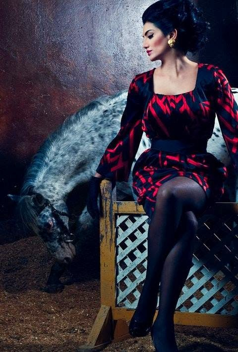 صور حورية فرغلي مع الحصان تثير موجة سخرية