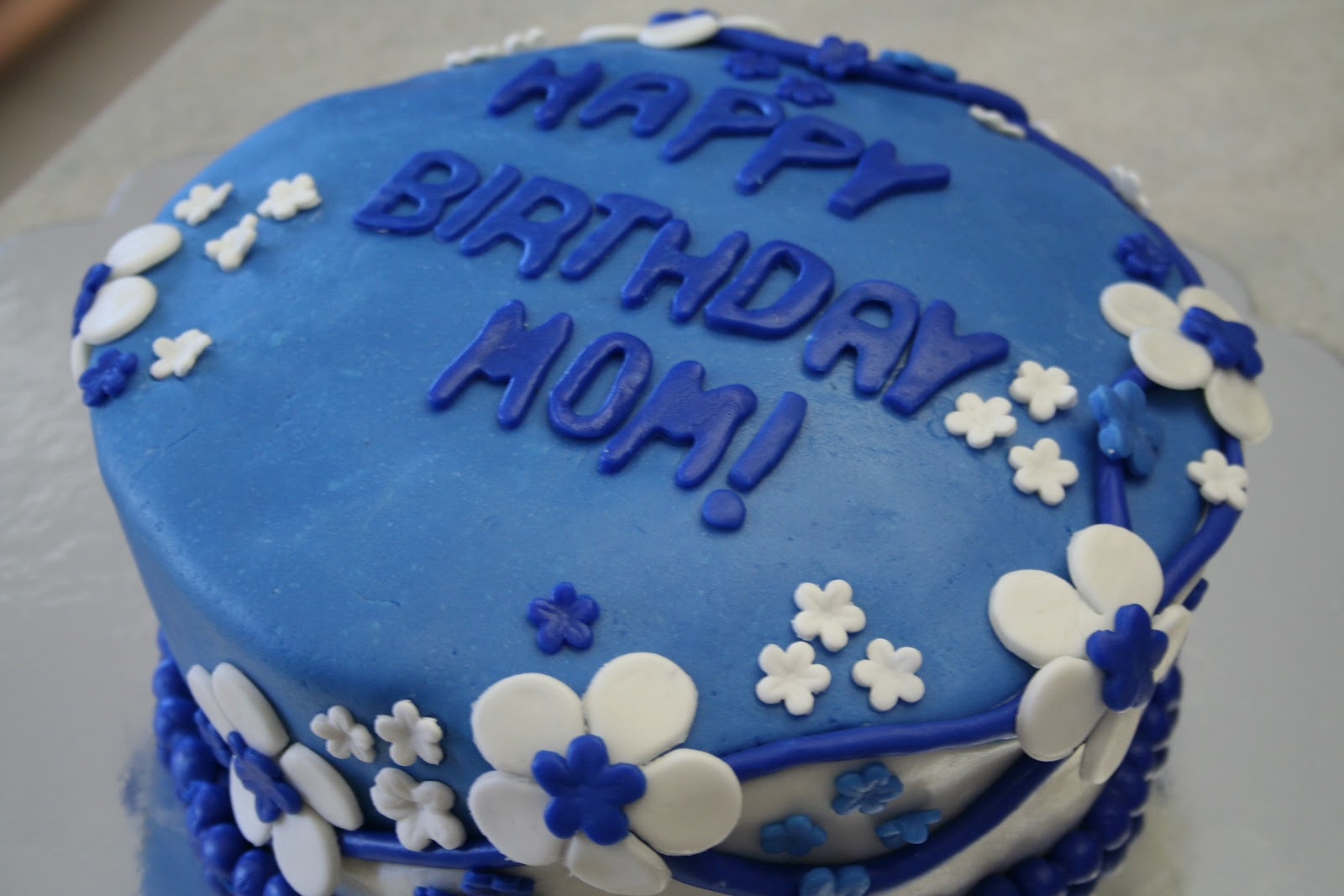 Pink Frosting Bakery: Blue birthday cake