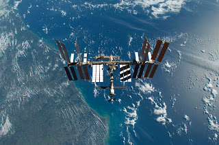 Mavis Fitzpatrick: space station wallpaper hd