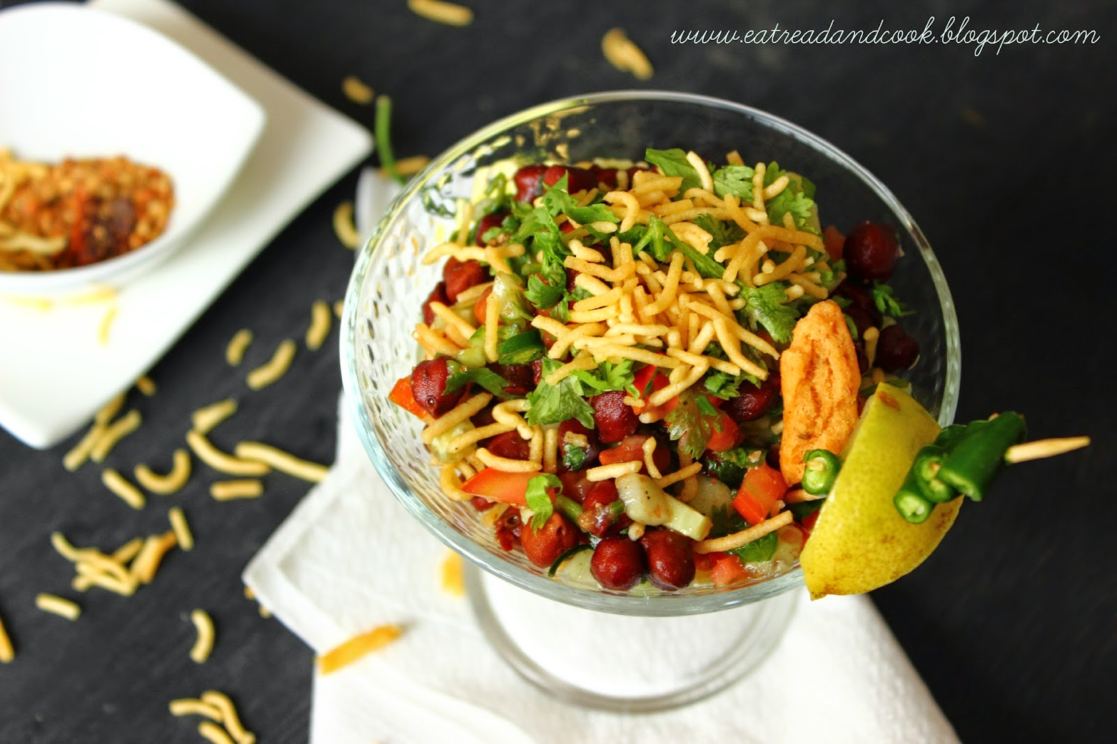 how to make spicy healthy and tasty black chickpeas snack