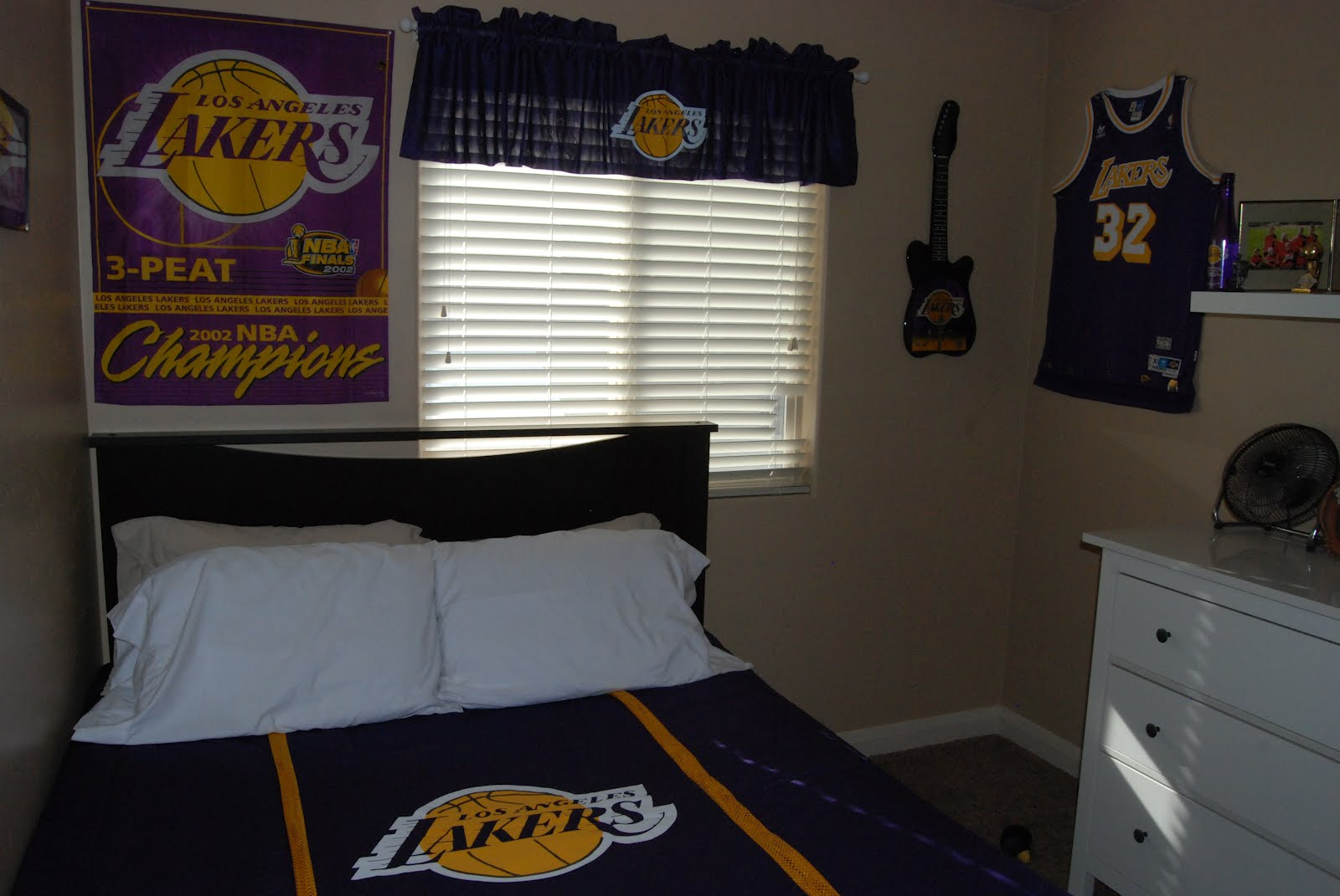 Only Had Buy The Bedding And Valance Everything Else Lakers More