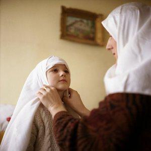 http://1.bp.blogspot.com/-wf3Q9wNVLCc/TZtFV0V76PI/AAAAAAAAAjs/V1rxwBY0iVw/s1600/hijab-me-mom.jpg