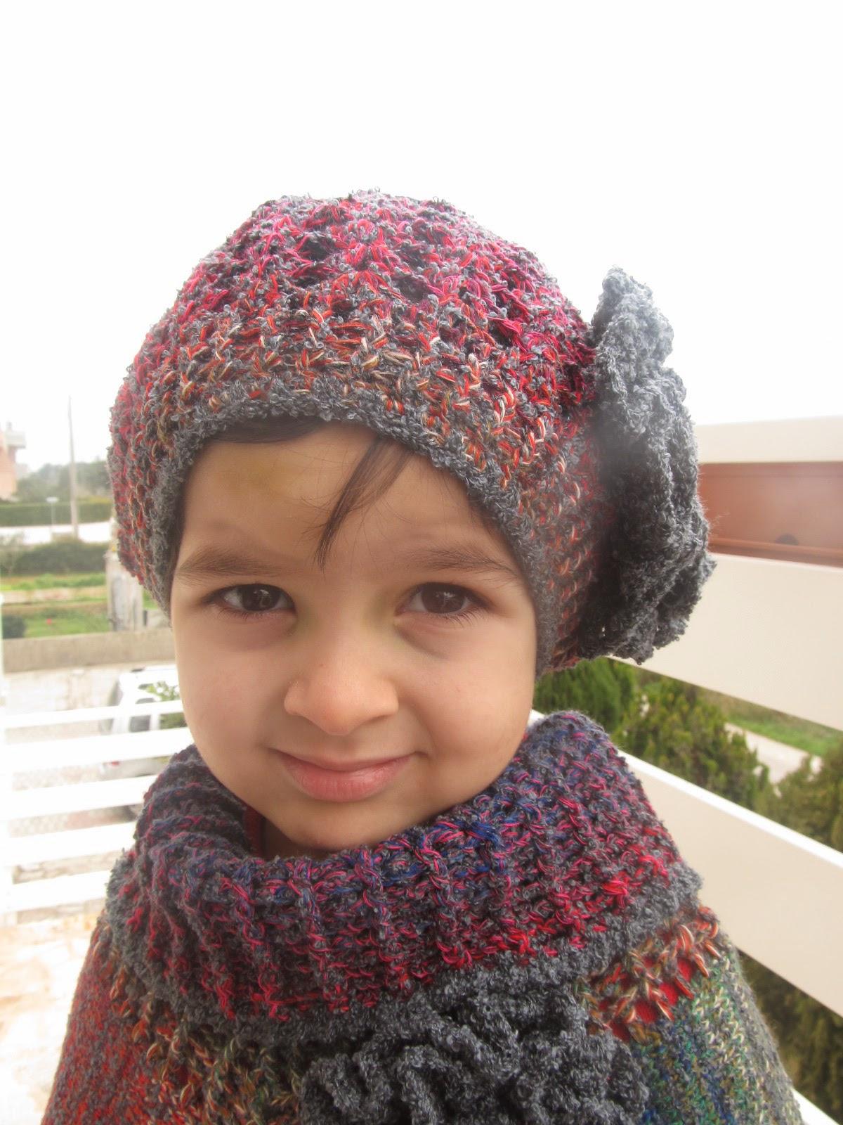 Cappellino Di Lana Alluncinetto Per Bambina