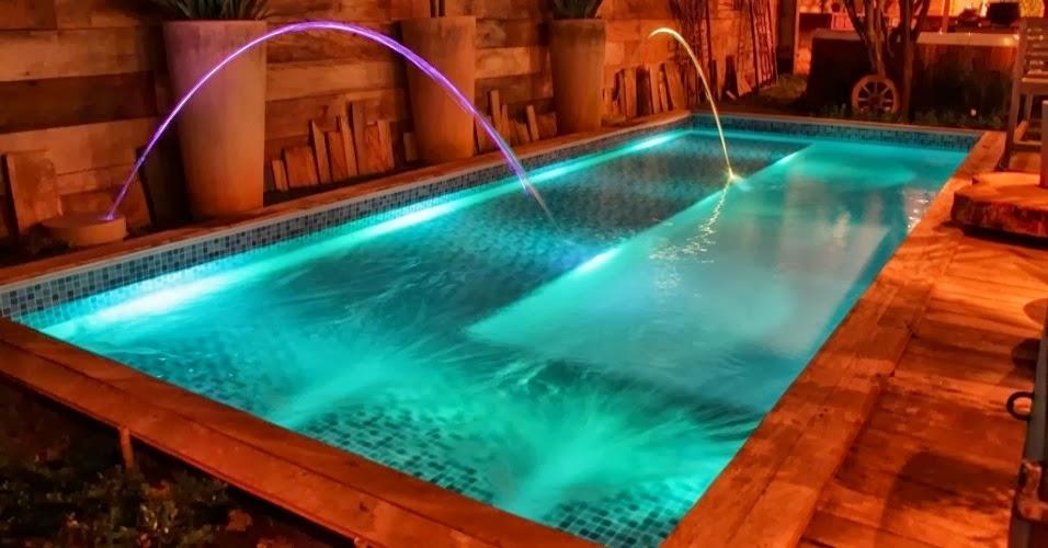 Ilumina o de piscinas projetos de piscinas raoni - Leds para piscinas ...