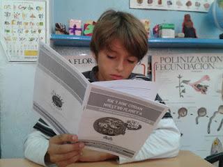 http://lasaventurasde3y4b.blogspot.com.es/2015/11/gracias-chics-un-gran-librio-de-cuentos.html