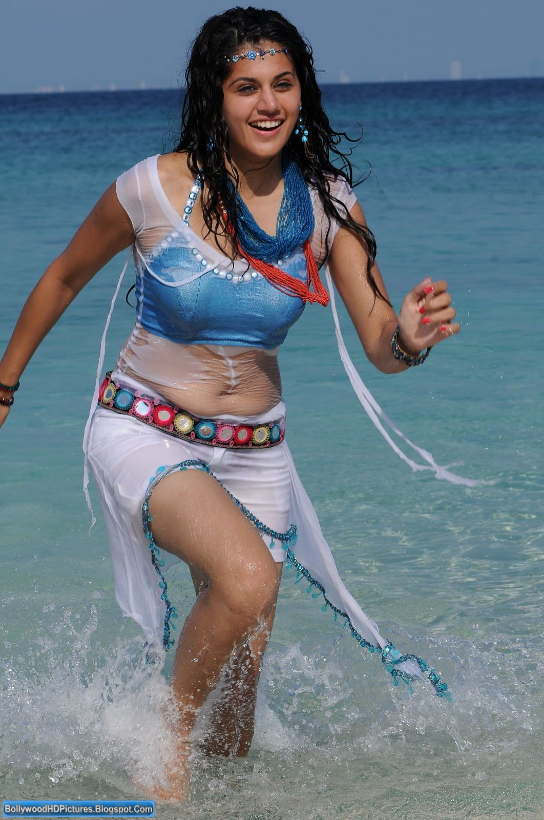 http://1.bp.blogspot.com/-wffzhwGtq0o/UAE0QALSpaI/AAAAAAAAIi4/3-Rcmuxys5g/s1600/Tapsee-Gallery+at+bollywoodhdpictures.blogspot.com+(2).JPG