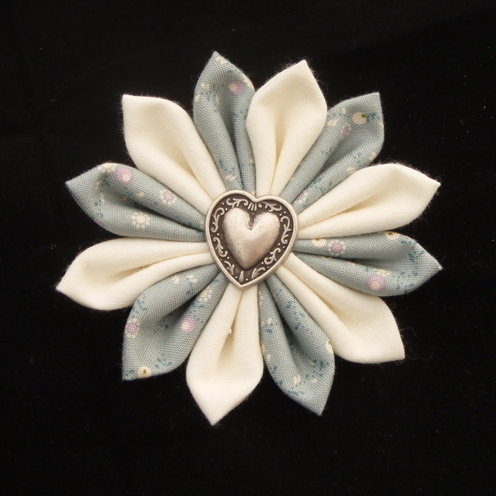 how to make handmade flowers from fabric videos