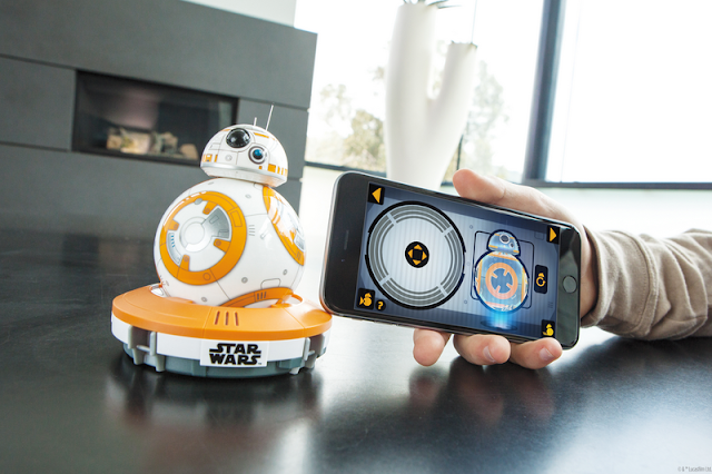 Sphero BB-8 Droid and phone app