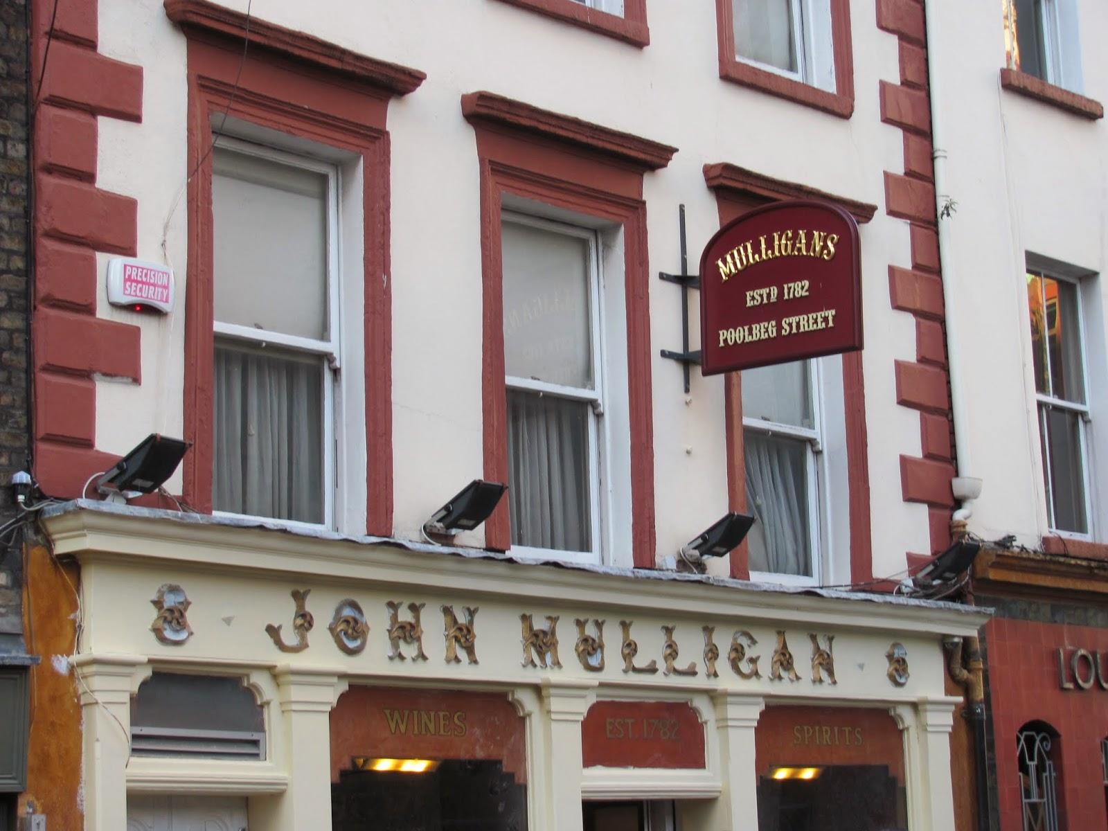 Mulligan's Exterior Poolbeg Street Dublin, Ireland