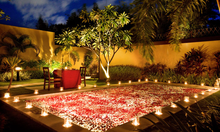 Luxury life design romantic pools for Cheap romantic dinner ideas at home