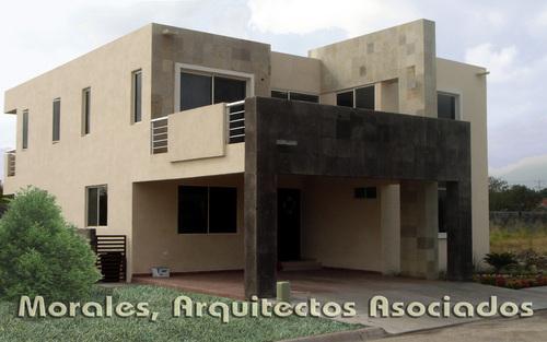 Fachadas de casas modernas dise o de casa moderna de - Arquitectos casas modernas ...
