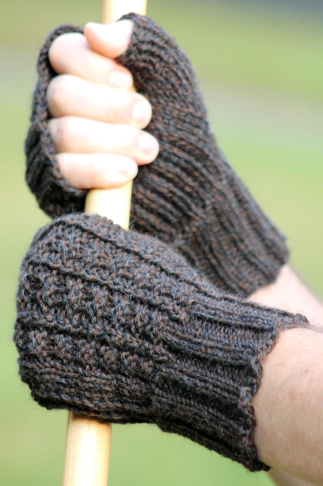 Balls to the Walls Knits: Sailors Rib Fingerless Gloves