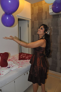 Madhavi Latha Pictures at Naturals Salon Launch  0004.jpg